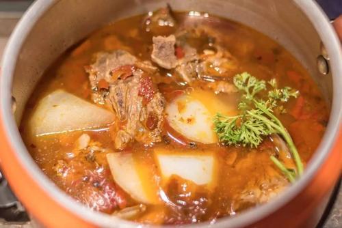 炖牛羊肉,无需高压锅,多加1样它,半小时炖酥烂,不腥膻还入味