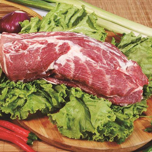 """""""抢肉大战""""又来,猪牛羊肉齐涨价,2021年过年还吃得起肉吗?"""