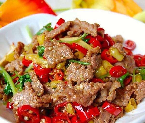 小炒牛肉(肉嫩味香)的做法 步骤5